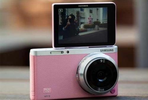 Beli Kamera Mirrorless 04 - Finansialku