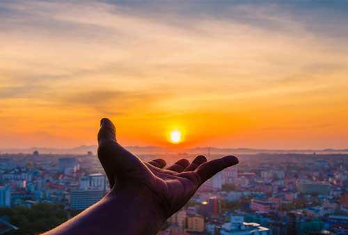 Buat Hidup Lebih Tenang & Berhasil Dengan Pengajaran dari Filsuf Dunia, Lao Tzu 04 Mengenggam Dunia - Finansialku