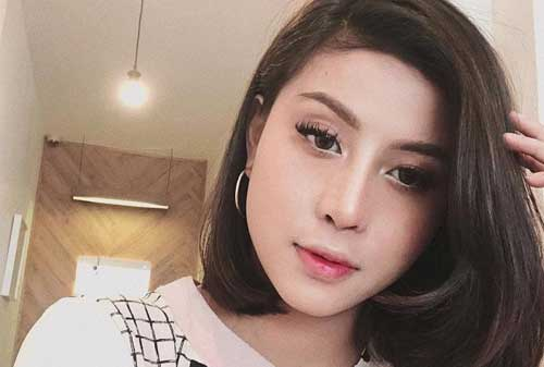 Deretan 10 Selebgram Indonesia Terkaya 2018 Dengan Bayaran Tinggi 03 Awkarin - Finansialku