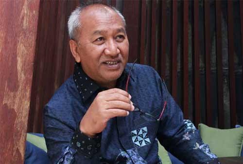 Donald Sihombing Orang Terkaya Indonesia dengan Penghasilan Rp19,8 Triliun 02 Donald Sihombing 2 - Finansialku