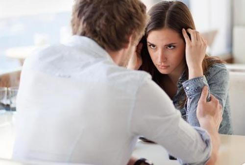 Konflik Masalah Keuangan Keluarga 02 - Finansialku