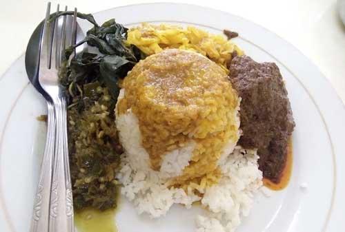 Kuliner Khas Indonesia 03 (Nasi Padang) - Finansialku