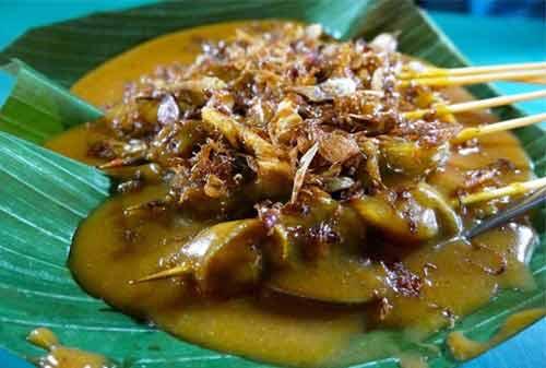 Kuliner Khas Indonesia 04 (Sate Padang) - Finansialku