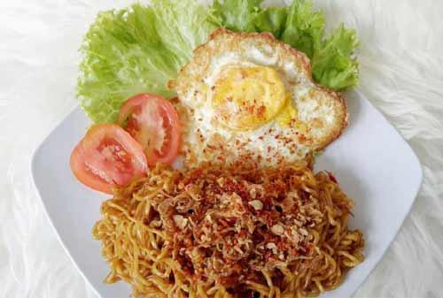 Kuliner Khas Indonesia 11 (Mie Goreng) - Finansialku