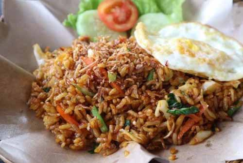 Kuliner Khas Indonesia 15 (Nasi Goreng Khas Jawa) - Finansialku