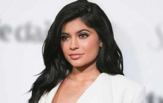 Kylie Jenner on The Youngest Ever Selfmade Billionaire 01 - Finansialku