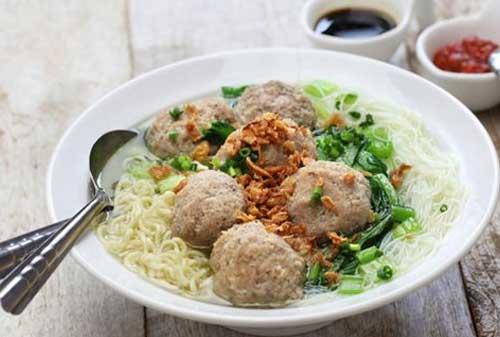 Makanan Terenak di Indonesia yang Terkenal Hingga Mancanegara 06 Bakso - Finansialku