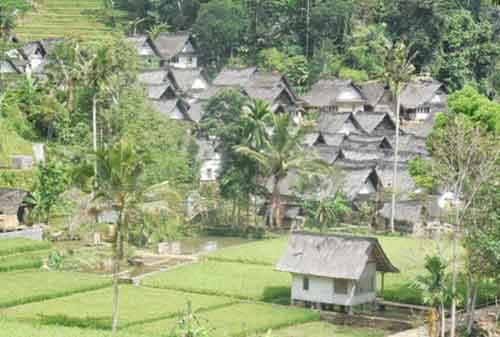 Melihat Uniknya Budaya di Kampung Naga Tasikmalaya 02 Kampung Naga 2 - Finansialku