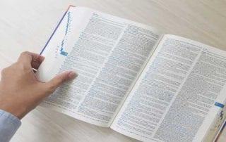 Pentingnya Belajar Bahasa Inggris untuk Dunia Kerja 01 - Finansialku