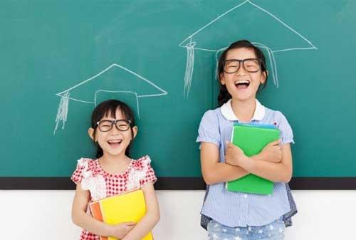 Selain Kelebihan, Yuk Cek Juga 5 Kekurangan Asuransi Pendidikan 02 Asuransi Pendidikan 2 - Finansialku