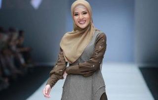 Tampil Trendy Dengan Baju Gamis Terbaru Tahun Ini 01 - Finansialku
