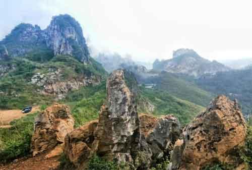 Tempat Wisata Jawa Barat 04 Stone Garden - Finansialku