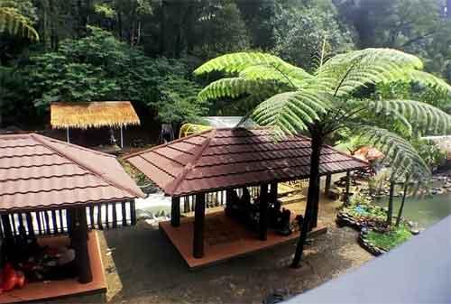 Tempat Wisata Jawa Barat 06 Kampung Karuhun - Finansialku