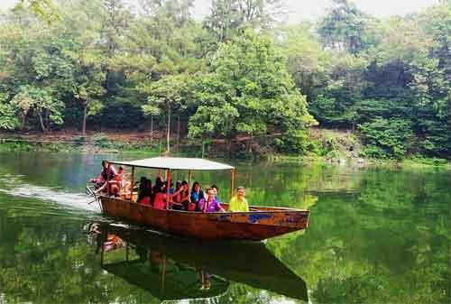 Tempat Wisata Jawa Barat 13 Telaga Remis - Finansialku
