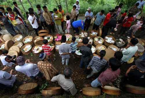 10 Tradisi Menyambut Bulan Puasa Nan Unik di Indonesia 09 Menyambut Puasa 9 - Finansialku