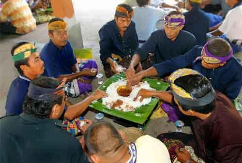 10 Tradisi Menyambut Bulan Puasa Nan Unik di Indonesia 11 Menyambut Puasa 11 - Finansialku