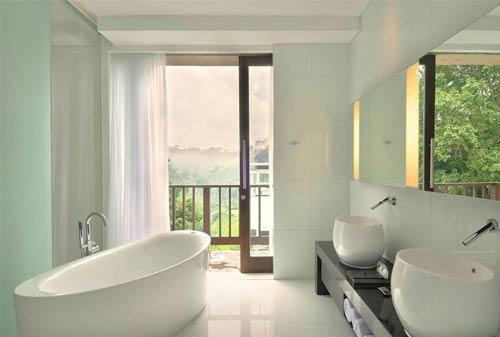 Fasilitas Hotel 03 (Bathub) - Finansialku