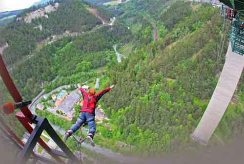 Harga Bungee Jumping 11 Austria - Finansialku