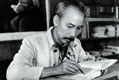 Meninjau Gaya Kepemimpinan Ho Chi Minh, Sang Tokoh Revolusi Vietnam 02 Ho Chi Minh 2 - Finansialku