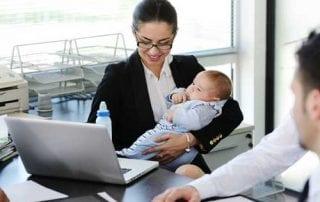 Menjadi Wanita Karir, Kenapa Ngga Yuk Simak Tips Menjadi Wanita Karir yang Sukses 01 - Finansialku