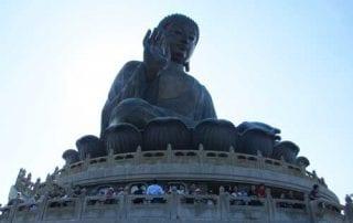 Patung Buddha Terbesar Di Hong Kong 01 - Finansialku