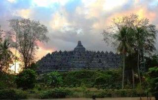 Tempat Wisata Jawa Tengah 01 Candi Borobudur - Finansialku