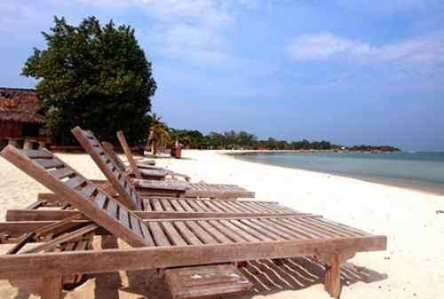 Tempat Wisata Jawa Tengah 07 Pantai Bandengan - Finansialku