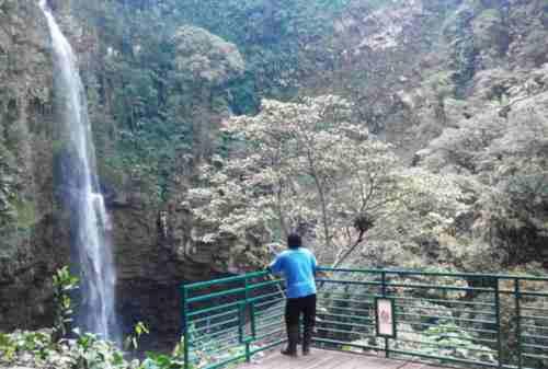 Tempat Wisata Jawa Tengah 10 Curug Cipendok - Finansialku