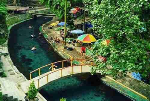 Tempat Wisata Jawa Tengah 13 Mata Air Cokro - Finansialku