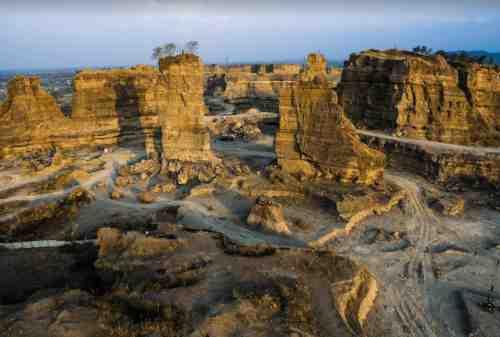 Tempat Wisata Jawa Tengah 14 Brown Canyon - Finansialku