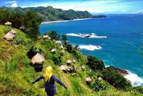 Tempat Wisata Jawa Tengah 15 Pantai Menganti - Finansialku