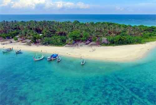 Tempat Wisata Jawa Timur 01 Gili Labak - Finansialku