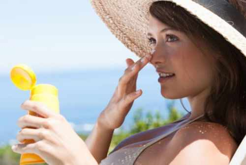 Cara Memilih Sunblock Wajah yang Bagus dan Berkualitas! Cek Harganya! 02 - Finansialku