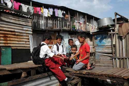 Kemiskinan di Indonesia 02 - Finansialku