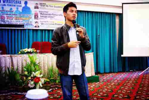 Kisah Inspiratif Hamzah Izzulhaq, Pengusaha Muda Usia 20 an yang Berhasil 05 - Finansialku