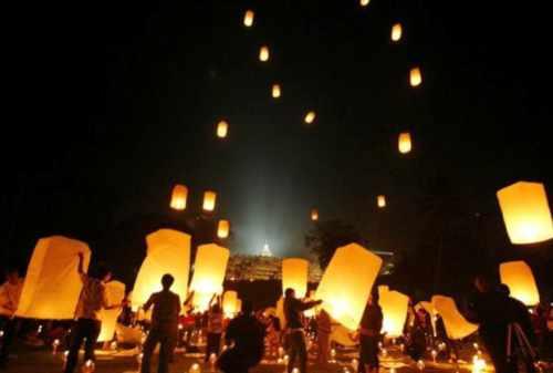 Menariknya Rangkaian Acara Menjelang Hari Raya Waisak Di Candi Borobudur 04 - Finansialku