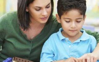 Moms Perlu Tahu! Kiat Sukses Dalam Mengajarkan Anak Hidup Sederhana 01 - Finansialku