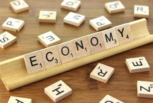 Perbedaan Ekonomi Makro dan Ekonomi Mikro 02 - Finansialku