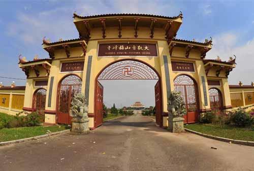 Pulau Bintan 07 (Vihara Avalokitesvara) - Finansialku