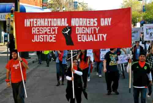Sejarah Hari Buruh di Indonesia 02 Demonstrasi - Finansialku
