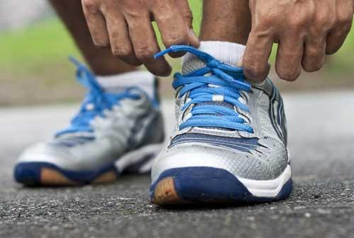 Sepatu Olahraga 05 - Finansialku