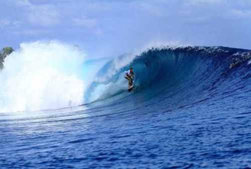Suka Surfing Kunjungi 5 Tempat Terbaik Berselancar 04 Pantai Grajagan - Finansialku