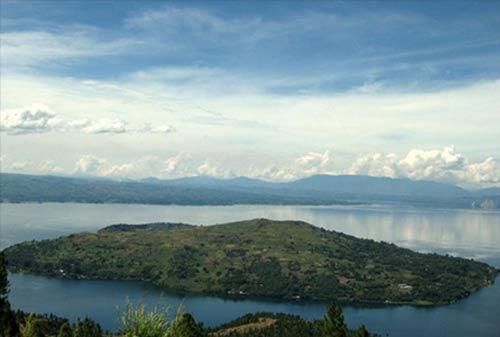 Tempat Wisata Sumatera Utara 03 (Pulau Samosir) - Finansialku