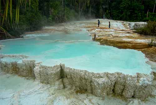 Tempat Wisata Sumatera Utara 04 (Salju Panas Tinggi Raja) - Finansialku