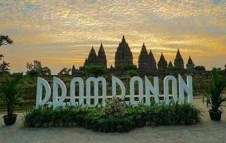 Wisata Candi Prambanan 01 - Finansialku