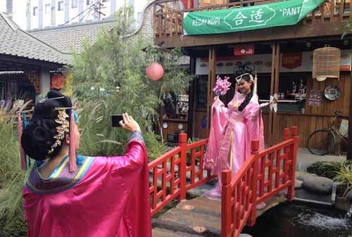 Wisata Selfie 05 (China Town Bandung) - Finansialku