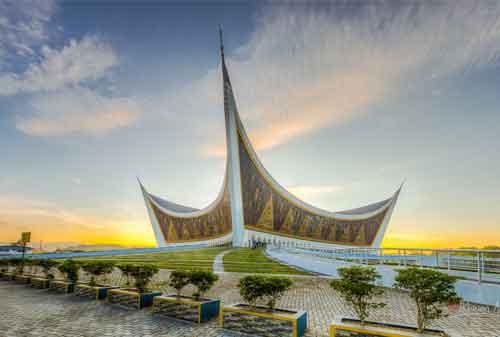 9 Masjid Iconic di ASEAN Sebagai Referensi Libur dan Mudik Lebaran 06 - Finansialku