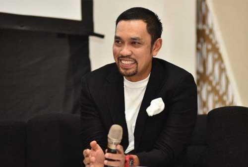 Fakta Menarik Crazy Rich Tanjung Priok, Ahmad Sahroni 02 - Finansialku