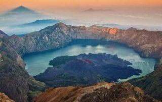 Gunung Rinjani 01 - Finansialku