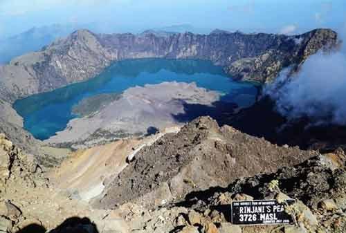 Gunung Rinjani 03 - Finansialku